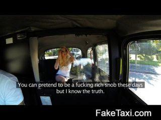 FakeTaxi - गुदा creampie में अपनी पूर्व प्रेमिका