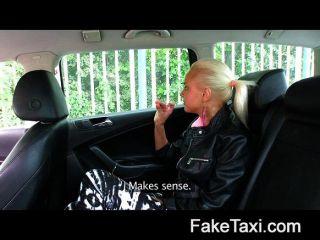 FakeTaxi - हर औरत एक कीमत होती है
