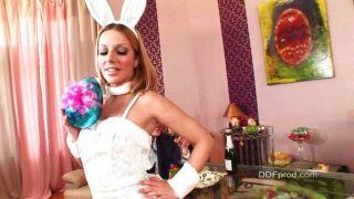 मैडिसन और डेबी गर्म ईस्टर bunnies