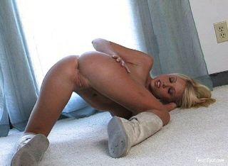 Shawna उसे सही नग्न शरीर को दर्शाना होगा