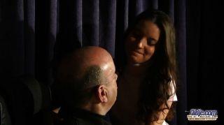 अनीता seduces और उसे संगीत शिक्षक बेकार