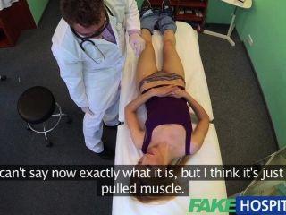 FakeHospital - डॉक्टरों भरोसेमंद मुर्गा