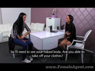 FemaleAgent - मुझे तुम्हें सिखाने कैसे यह करने के लिए करते हैं