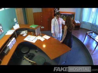 FakeHospital - डॉक्टरों गंदा स्वास्थ्य जांच