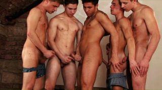 क्लब नंगा नाच पार्टी