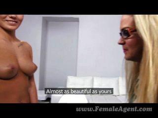 FemaleAgent - कार्रवाई के लिए नए सेक्सी milf तैयार
