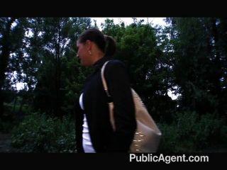 PublicAgent - एक सार्वजनिक गोल्फ कोर्स पर सेक्स