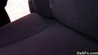 घर के मुखिया से पहले कार में सेक्स टेप