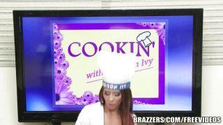 Brazzers - मैडिसन आइवी कैसे उसे एम काम करने के लिए पता