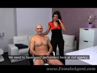 FemaleAgent - बड़े स्तन पर प्रभावशाली cumshot