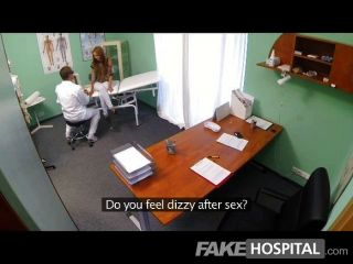 FakeHospital - गर्म युवा लड़की पर जासूसी