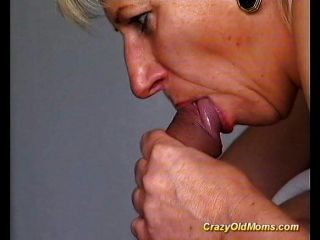 पागल पुराने माँ गड़बड़ हो जाता है मुश्किल
