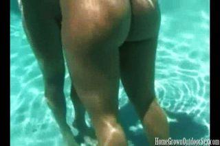 सेक्स पानी के नीचे बेहतर है