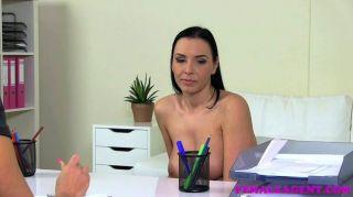 FemaleAgent - बड़े स्तन और सुडौल milf कास्टिंग
