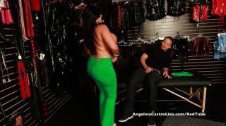 संचिका एंजेलीना कास्त्रो सेक्स की दुकान बकवास की सैर!