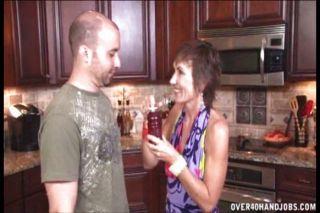 रसोई घर में handjob