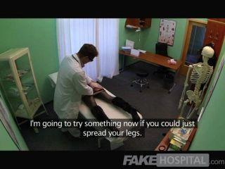 FakeHospital - स्मार्ट परिपक्व सेक्सी milf
