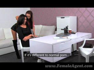 FemaleAgent - सुंदर असली समलैंगिक कामोत्ताप