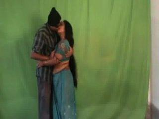 indiansexygfs.com - गर्म mallu पुलिस चाचियों बड़े स्तन कैदी lesbo सामने bluefilm में हस्तमैथुन -