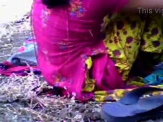 बांग्लादेशी सेक्स तेलुगु भारतीय गड़बड़ घर के मालिक द्वारा