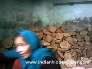मुंबई में निर्माण स्थल पर भारतीय जोड़ी सेक्स कमबख्त