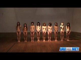 नग्न जापानी लड़कियों