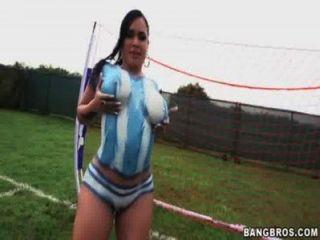 बिग गधा कमबख्त से पहले फुटबॉल खेलने Latinas