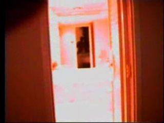 Seymore चूतड़ शेन के गहरे अंदर चला जाता है
