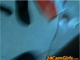 लैटिना पेय अपने खुद के स्तन के दूध - 24camgirls.com