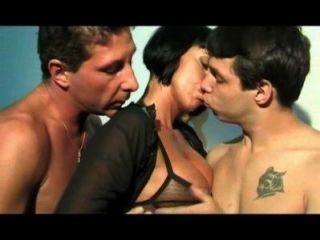 [XXX - आईटीए] ऊना Madre perfetta - वेलेंटाइन डेमी, Valentina Canali, डोरा स्टीन