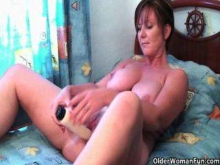 माँ ऑनलाइन पोर्न देखने के बाद मिल बंद करने की जरूरत है