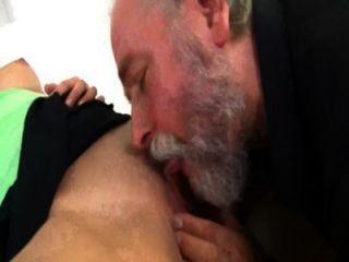 दाढ़ी महिला बूढ़े आदमी सेक्स सुंदर के साथ होने ----