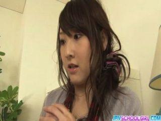 खिलौने भरने Shiori बिल्ली के साथ जापानी समूह सेक्स