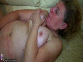 oldnanny अच्छा त्रिगुट, बूढ़ी औरत और युवा जोड़े यौन संबंध