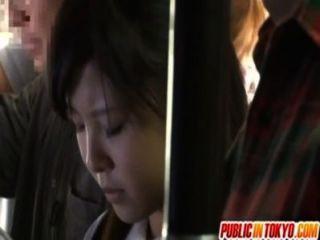 जापानी किशोरों की सार्वजनिक में सेक्स कर