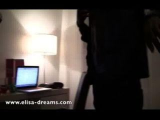 नग्न और एक होटल में 2 काले प्रेमी के साथ फूहड़