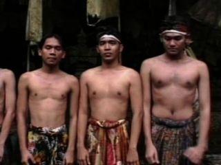 मर्दानगी दृश्य 4 डीवीडी का अधिकार बाली