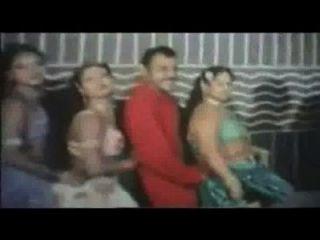 बांग्ला गरम मसाला वीडियो गीत (2)