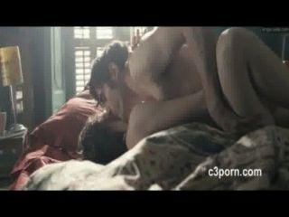 Astrid Berges फिल्म से Frisbey गर्म सेक्स दृश्य