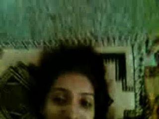 कमरे में राकेश के साथ सुंदर लड़की दोस्त sapna एमएमएस सेक्स देसी