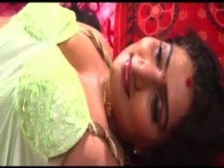 मल्लू अभिनेत्री babilona चाचा के साथ सेक्स
