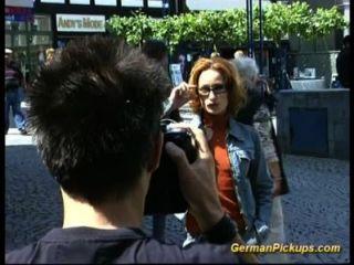 जर्मन स्कीनी पेशी महिला गुदा मैथुन