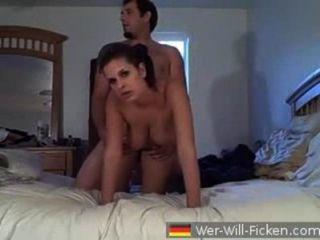 बहुत ही सेक्सी श्यामला कमबख्त एमेच्योर