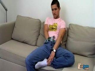 मांसल लड़के और उसकी cummy पैर
