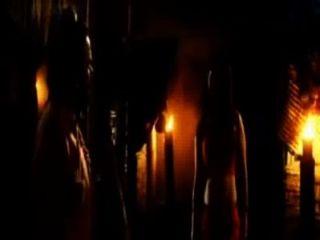 अभिनेत्री वसुंधरा मकर मंजू में गर्म