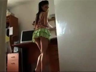एम आई hermana एसई डियो cuenta कुए ला estaba filmando