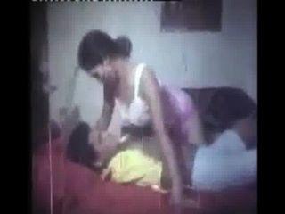 बांग्ला फिल्म गर्म मसाला Gorom-अयस्क प्रेम roshiya अमर कासे boshiya Dhor koshiya