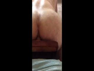 बड़े बट सफेद आदमी dildo पर bounces