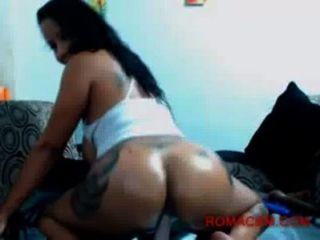 बिग गधा amp स्तन के साथ लैटिना वेबकैम पर अपने डिक सवारी