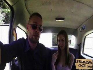 ब्रिटिश किशोरों की fucks टैक्सी ड्राइवर स्टेला cox.2